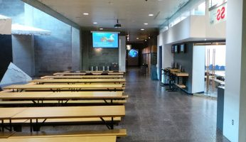 Sous-sol du Musée, espaces de travail des participants à Museomix Québec