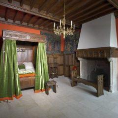 Une chambre à coucher à la fin du XVe siècle